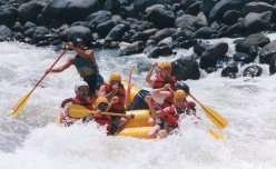 river rafting on the pacuare